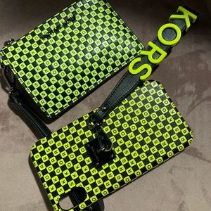 Checkered coin wallet and IPhone XR case